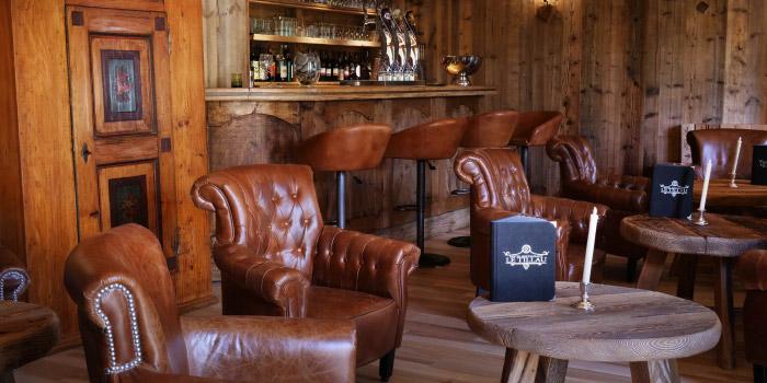 Sleep & Drive - Hôtel Restaurant Le Tillau